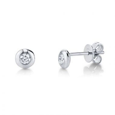 Shy Creation Stud Earrings